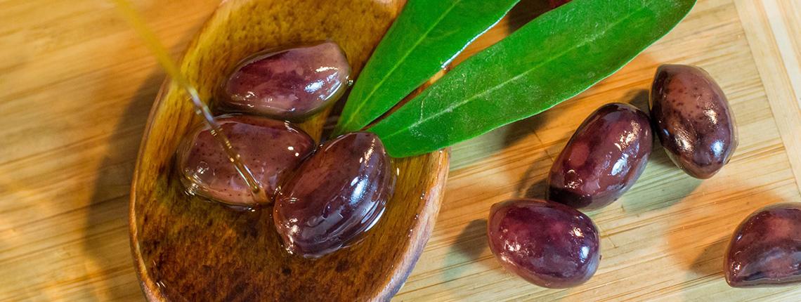 Premium Kalamata olives - Abetrom - About us